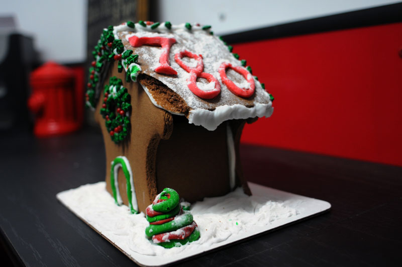 Christmas gingerbread doghouse.